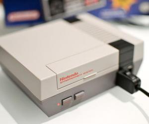 """任天堂出了个""""翻新货"""" 固化30款游戏的""""红白机"""""""