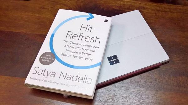 纳德拉在新书《拥抱变革》中谈论微软变革