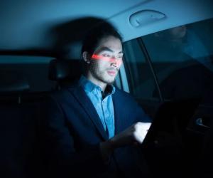 车内摄像头构建驾驶员监测系统