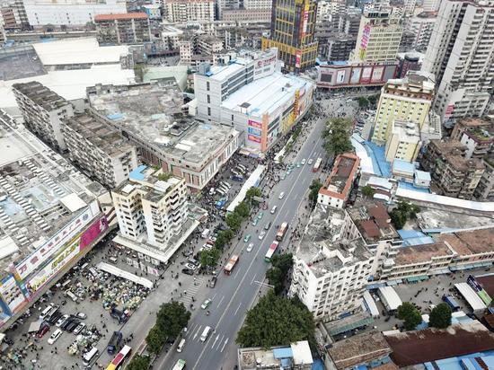 2018年,广州沙河服装批发中心|视觉中国